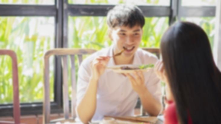 彼氏「食べられないなら俺が食べるよ」私「大丈夫」彼氏「無理しなくていいよ」私「…」我慢の限界がきたので「私のご飯取らないで」と伝えたら…