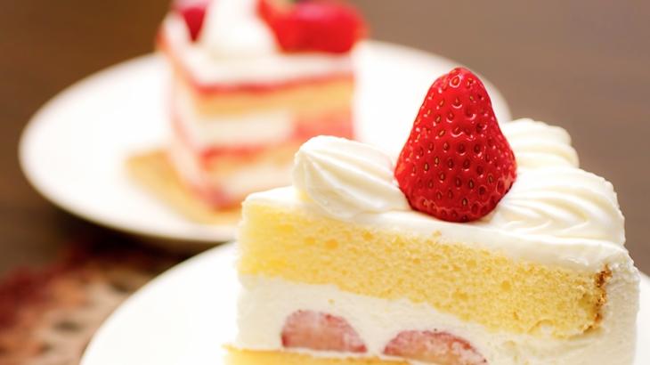 「誕生日なんだからケーキ買って豪華な飯作れ!」先日は母の誕生日だったんだけど、仕事から帰ってきて普段通りにご飯の用意をしていたら兄が…
